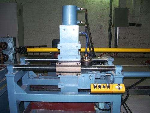 内焊缝整平设备